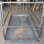 Fork-lift cage